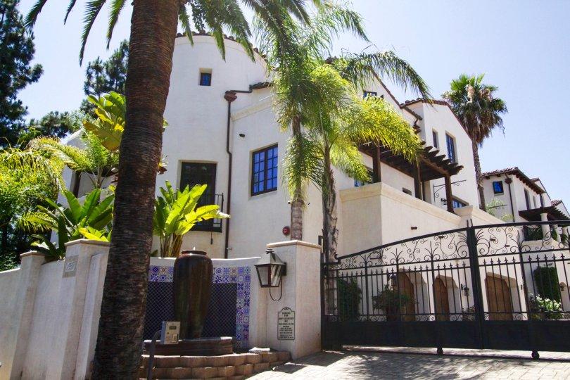 Villas Del Encanto condos in Brentwood