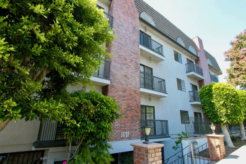 Condos on a sunny day at Brentwood Royale in Brentwood California