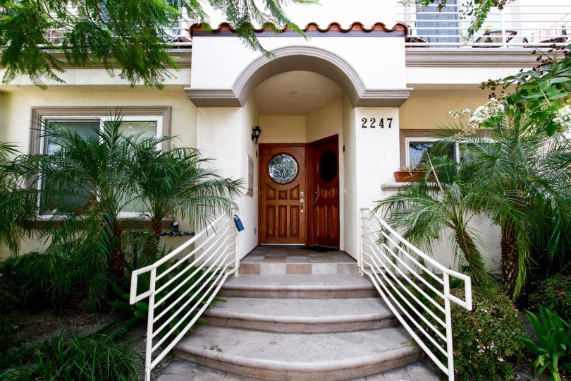 The entryway into 2247 N Naomi St in Burbank California