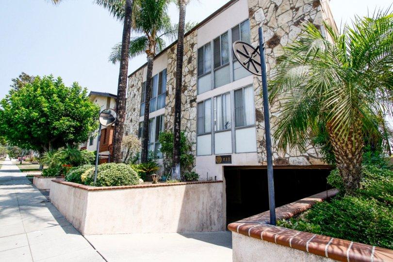 The building at 630 E Orange Grove Ave in Burbank California