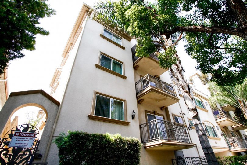 The windows at the Burbank Village Condominiums