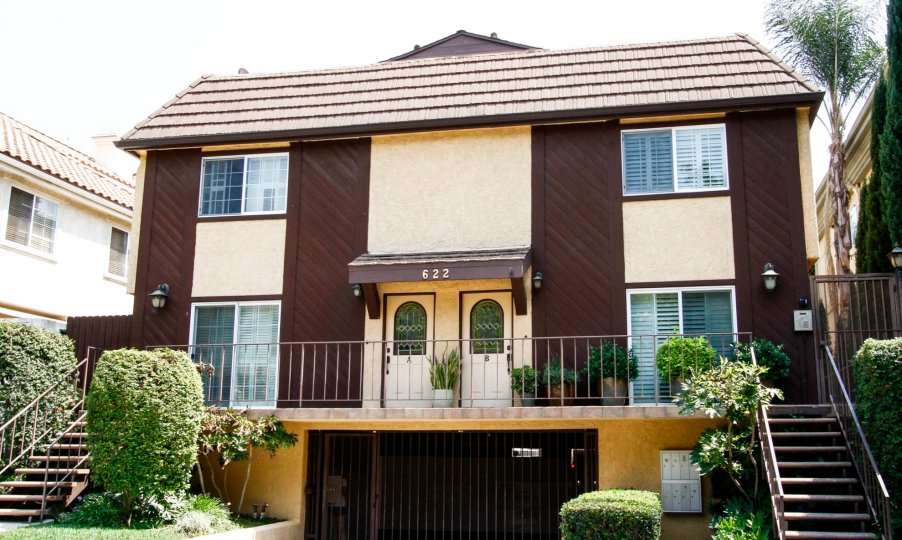 The parking for Villa Palm Condominiums in Burbank California