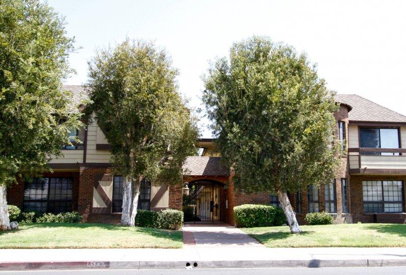 The Villa's at Chesterhouse building in Canoga Park California