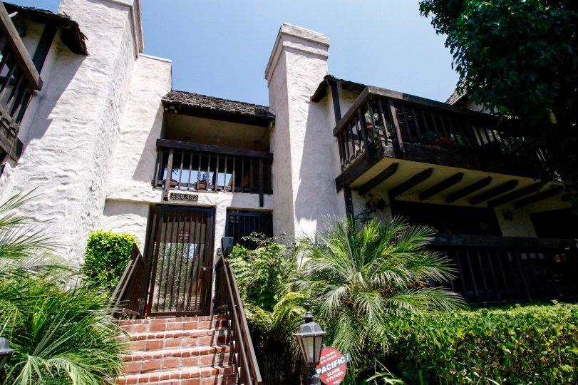 The Duquesne Villas building in Culver City
