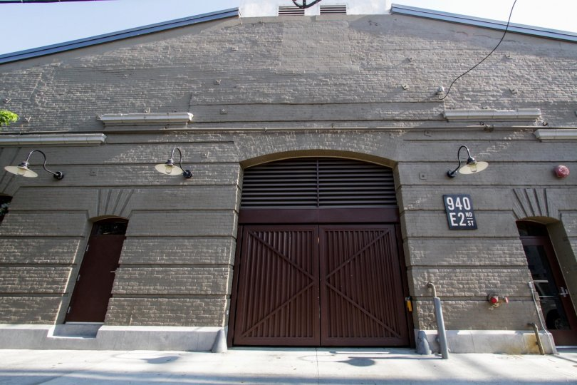 The entrance into Barn Lofts in Downtown LA
