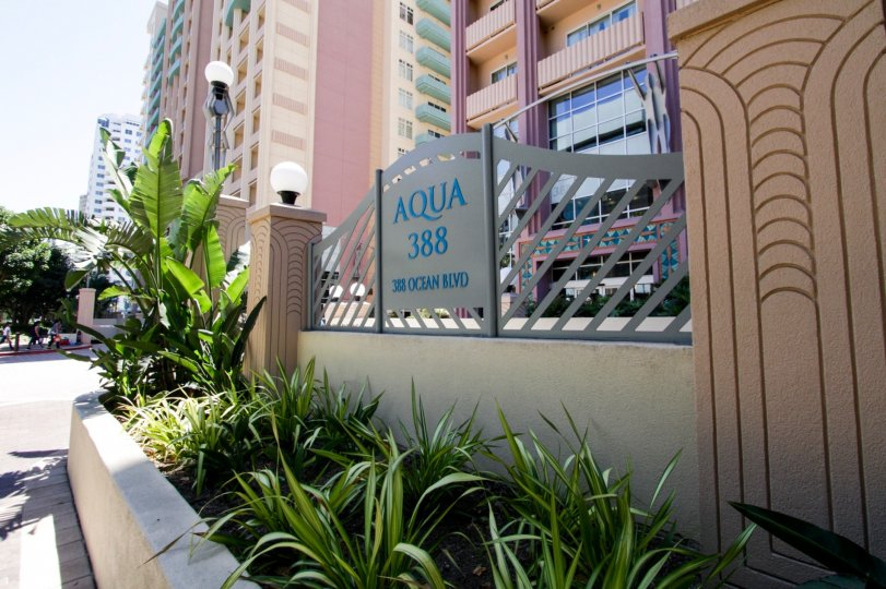 Entrance to Aqua from street view