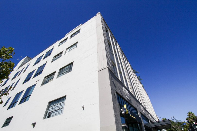 Side view of the concrete Walker Building Lofts building