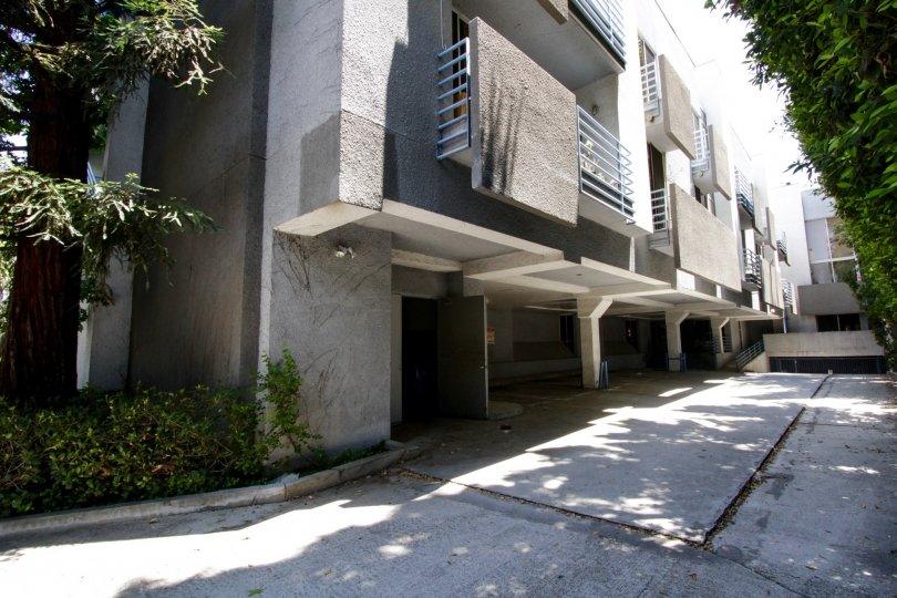 The rear entrance and view of 5151 Balboa Blvd in Encino