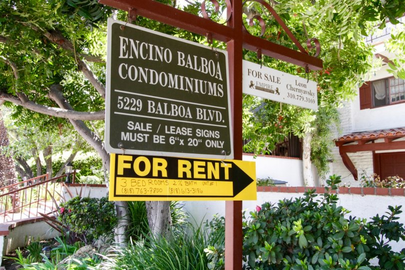 The entrance sign for 5229 Balboa Blvd in Encino