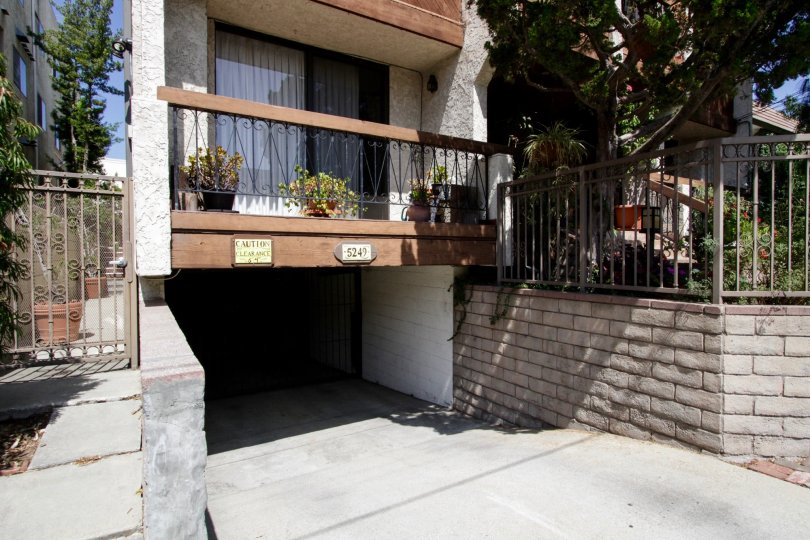The balcony of 5249 Newcastle Ave in Encino