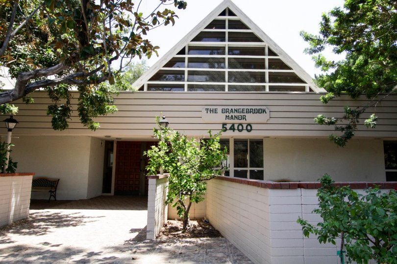 The entrance into the Encino Concord Townhouses office