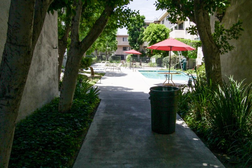 The breezeway within Encino Gardens leading to the pool area