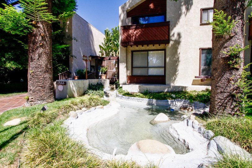 The landscaping seen at 1244 Valley View Rd in Glendale California