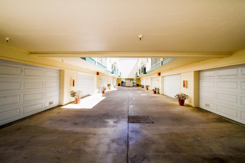The parking garages at 322 Raymond Ave in Glendale California