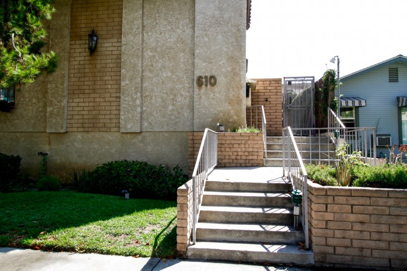 The stairs entering into 610 N Isabel St in Glendale California