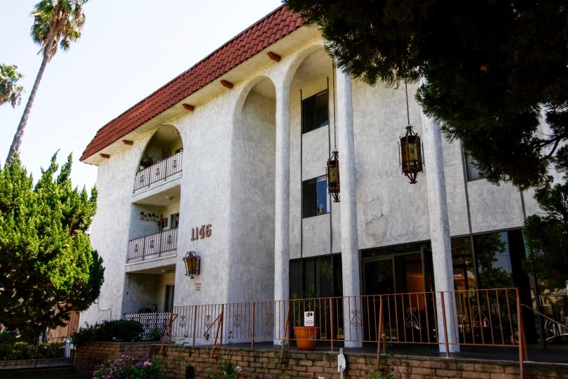 The Barcelona Manor building
