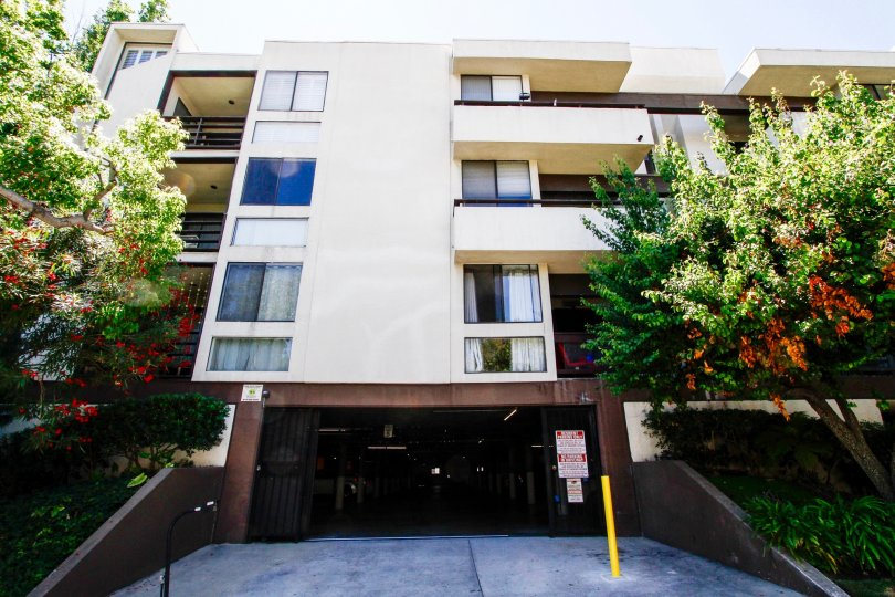 The parking for Glendale Executive Townhomes