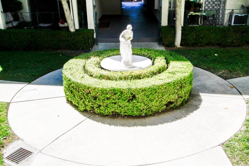 The décor around the Rossmont in Glendale California