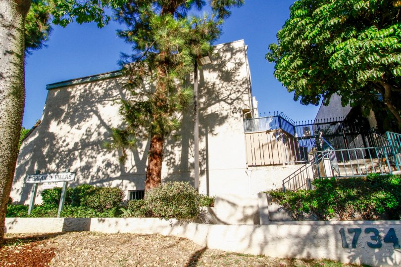 The Verdugo Villas building in Glendale California