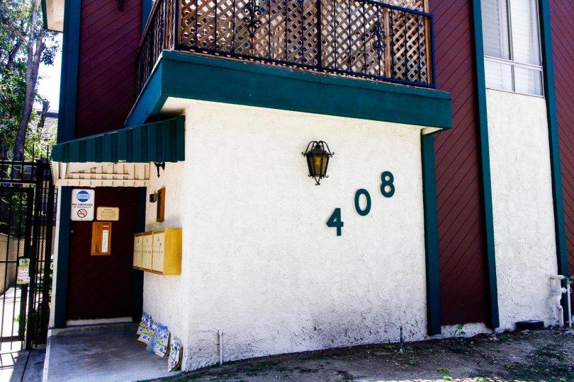 The address for the Villa Monterey