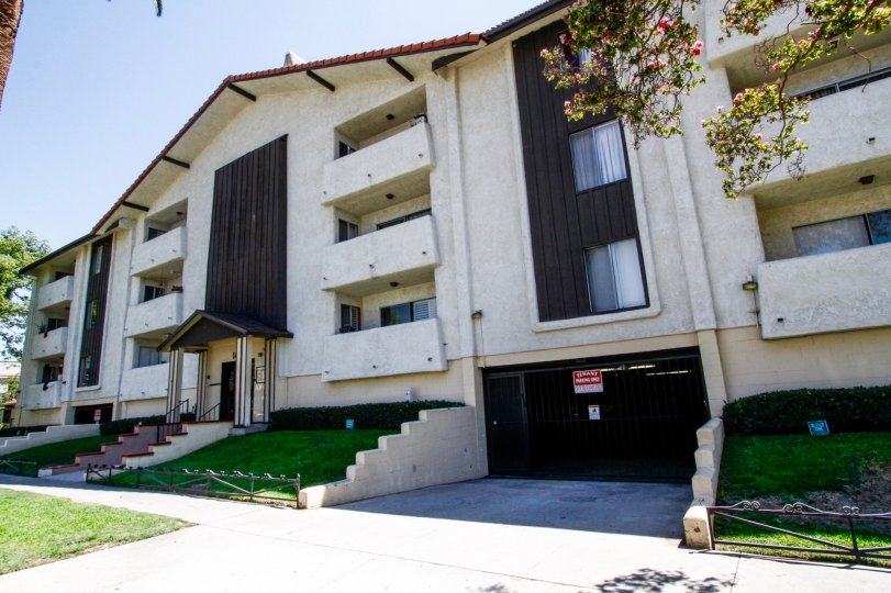 The Woodglen building in Glendale California