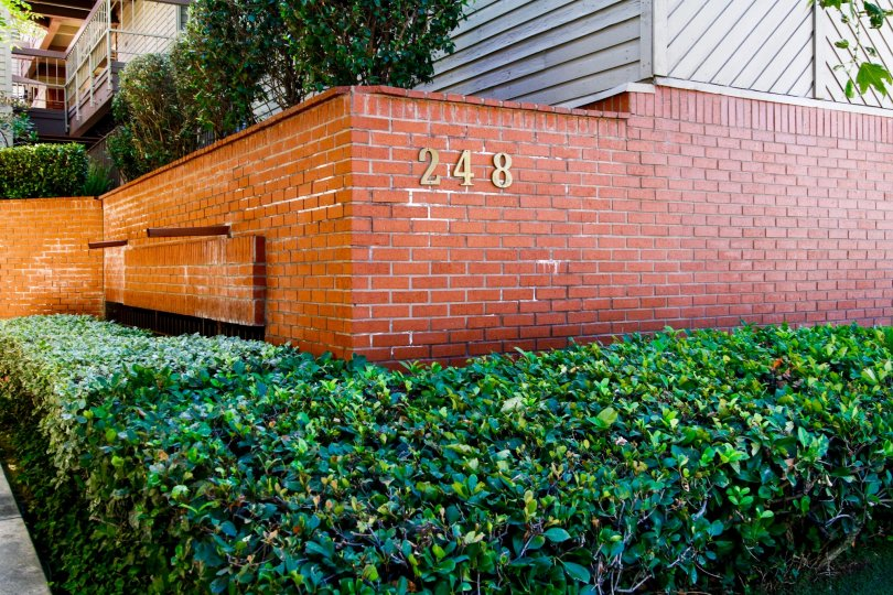 The address of Woodland Village in Glendale California