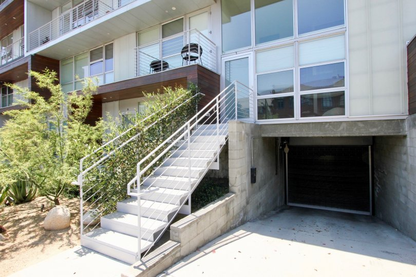 View of hancock park apartment in hancock park, CA