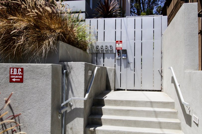 Gated entrance to 10 Palms in Hollywood Ca