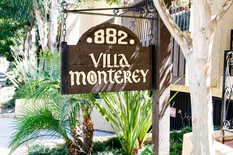 The sign welcoming you to the Villa Monterey in Inglewood