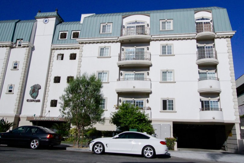 Oxford Square is a French Colonial condo building in Koreatown