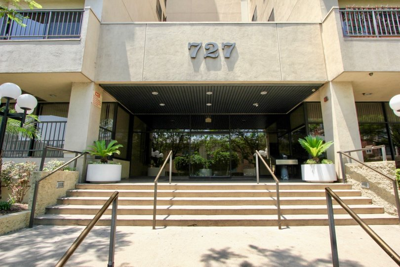 the richmore garden towers the viwe of entry 727 numbered