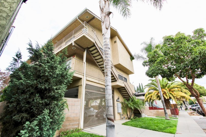 The view of the property at 3305 Ransom in Long Beach, California