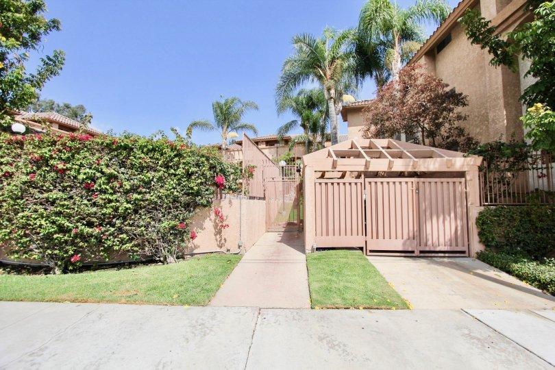 The yard around Circleview in Long Beach, California