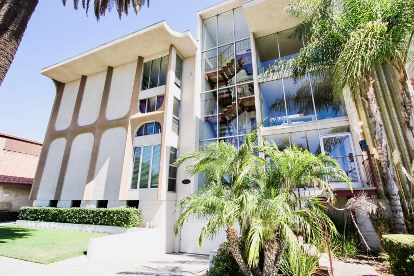 The windows in the Coronado Heights building