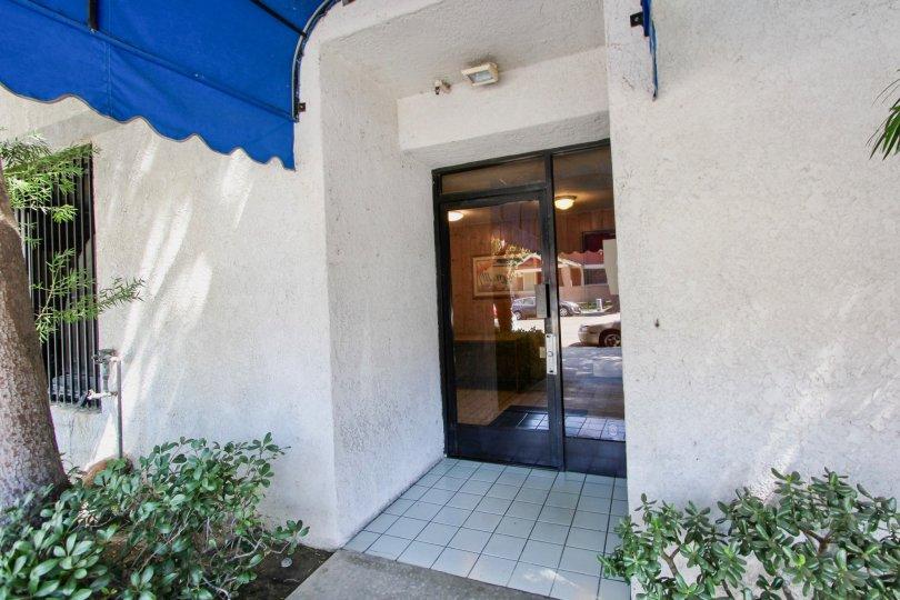 The doors entering into Elm Plaza