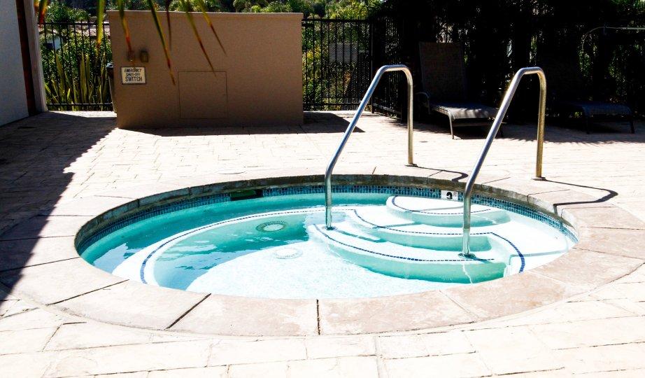 The hot tub at Vista Pacifica at Broad Beach