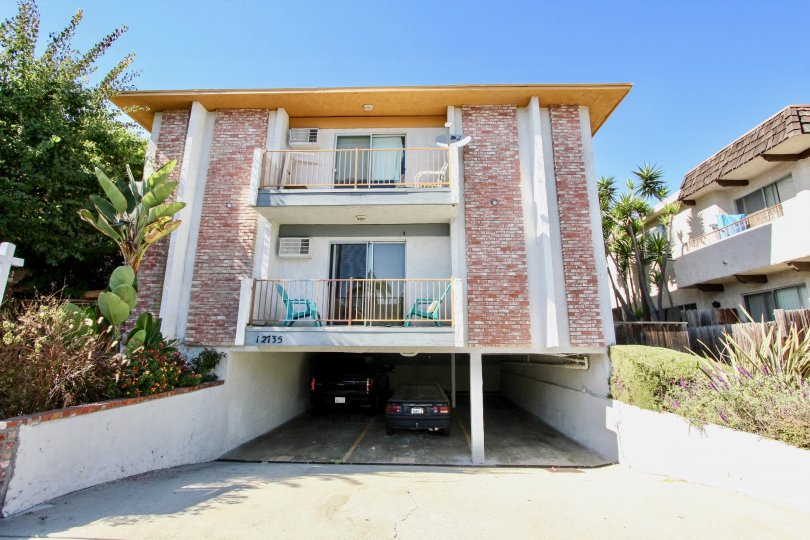 The view of 12735 Caswell Ave in Mar Vista, California