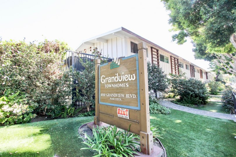 The sign announcing Grandview Townhomes in Mar Vista, California