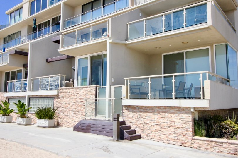 A sunny day over the open patios of 2 Ketch in Marina Del Rey.