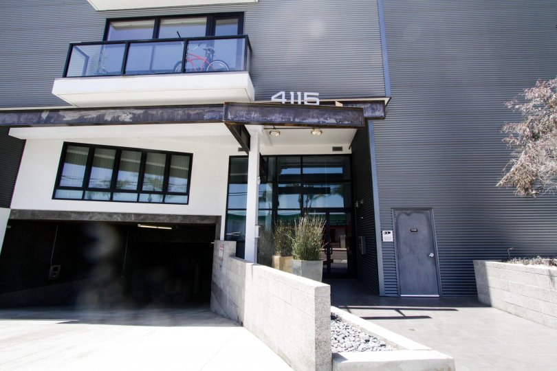 The walkway into the Del Rey Lofts