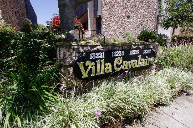 The sign welcoming people into the Villa Cavalaire in Marina Del Rey