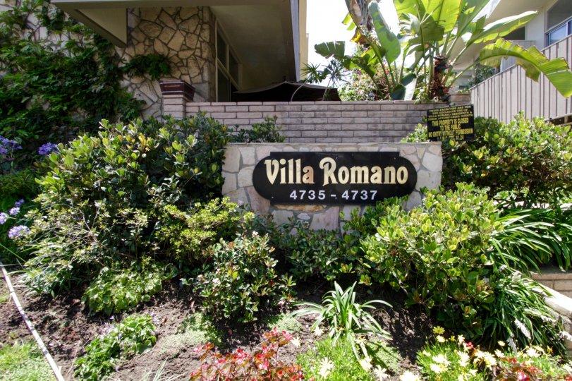 The welcoming sign into Villa Romano in Marina Del Rey