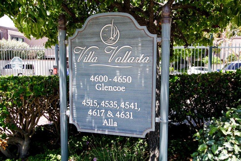 The welcoming sign at Villa Vallarata in Marina Del Rey