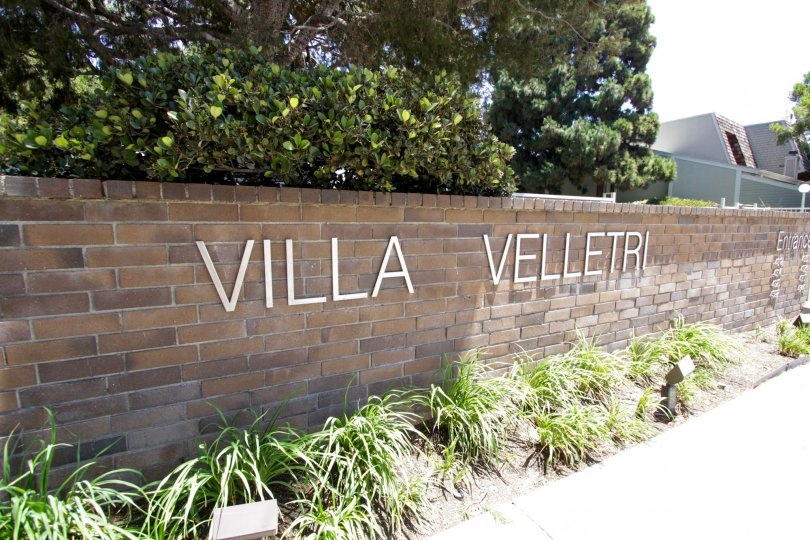 The welcoming sign of the Villa Velletri in Marina Del Rey