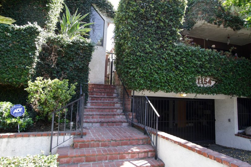 The entrance up to 11154 Huston St