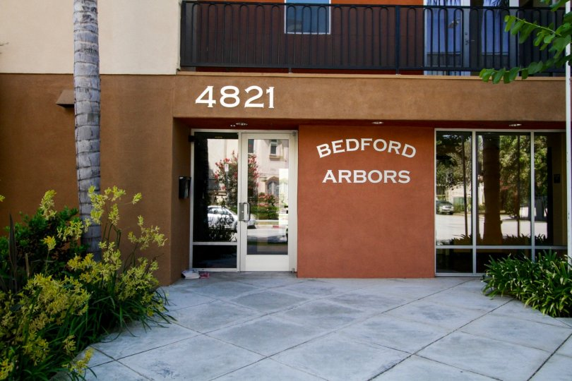 The entrance into Bedford Arbors in North Hollywood