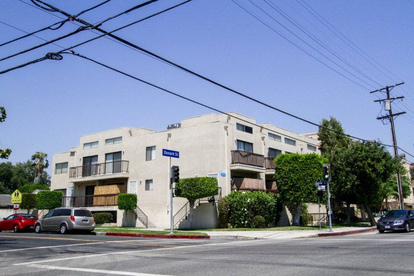 The Bellaire Townhouses building in North Hollywood