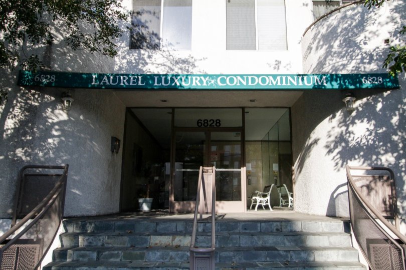 The entrance into Laurel Luxury Condominiums in North Hollywood