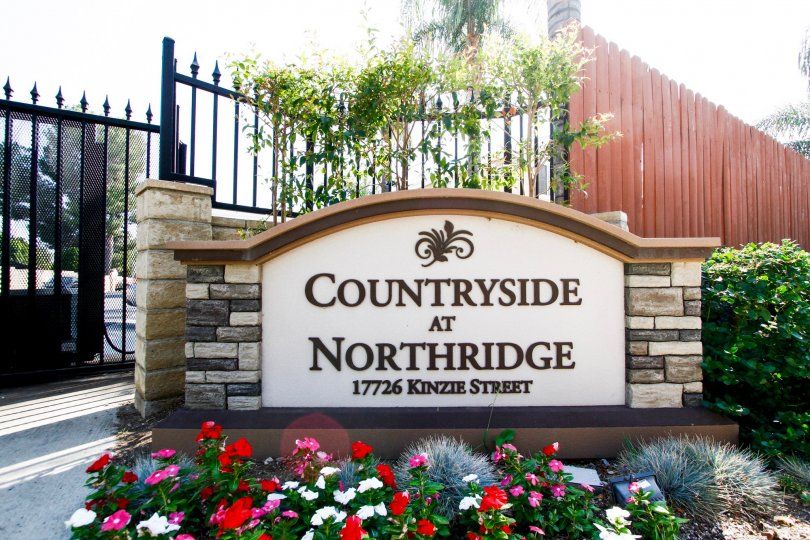 The sign welcoming you into Countryside at Northside