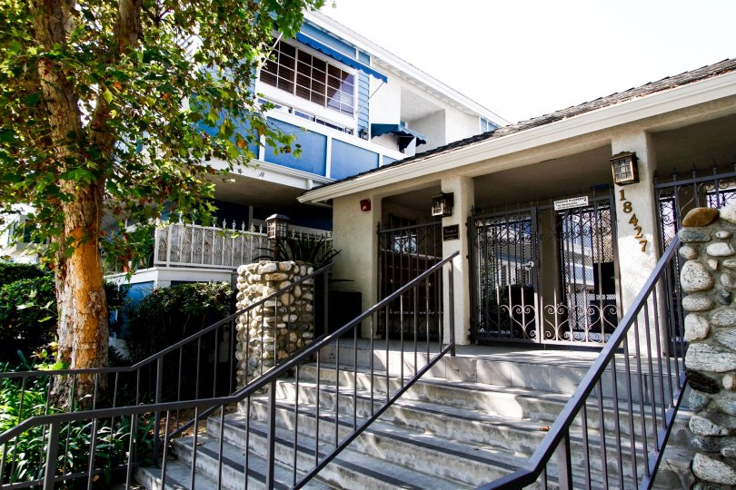 The entrance into the Stratford Condominiums in Northridge CA